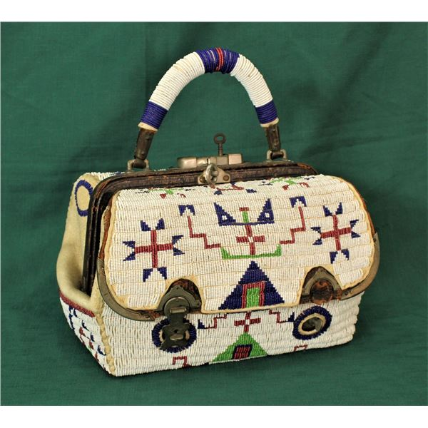Sioux Beaded Doctors Bag