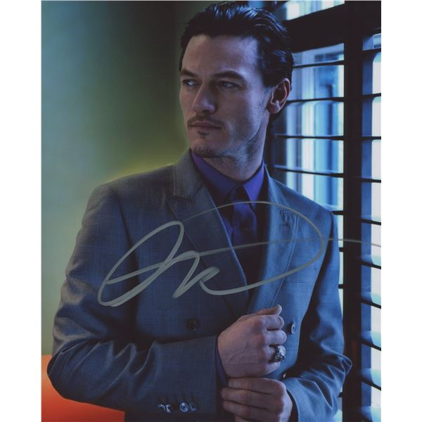 Luke Evans signed photo