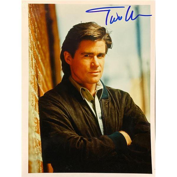 Treat Williams signed photo