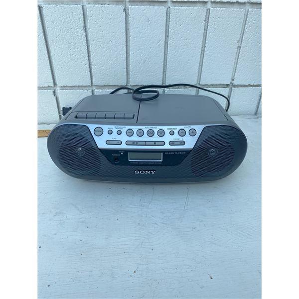 Sony  radio disc player