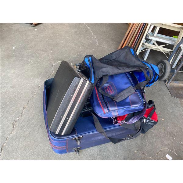Lot suitcase, bags, brief case