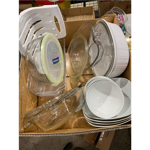 Lot Pyrex dishes and glass items