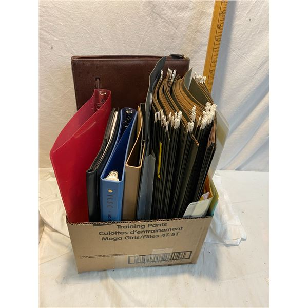 Lot hanging files and binders