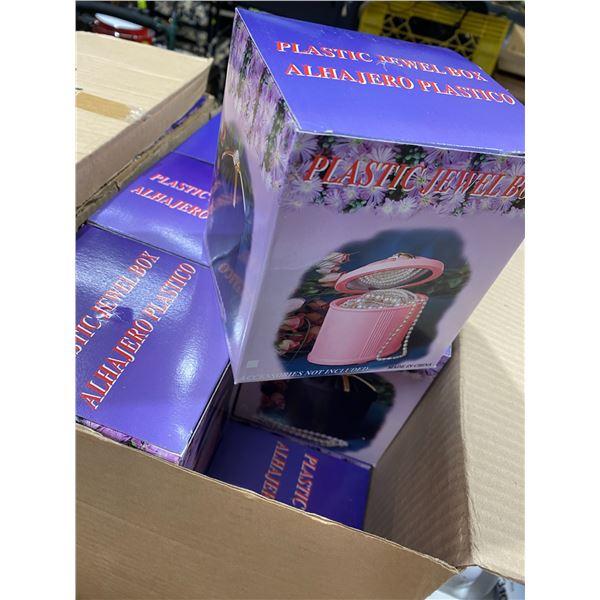 4 cases plastic jewelry boxes