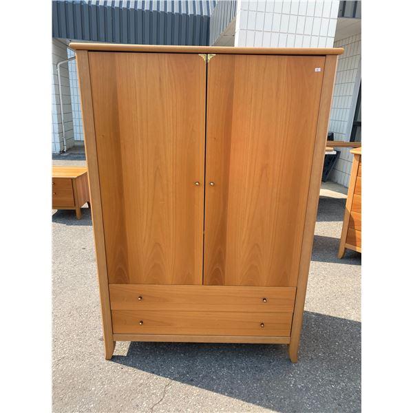 Vintage retro armoire