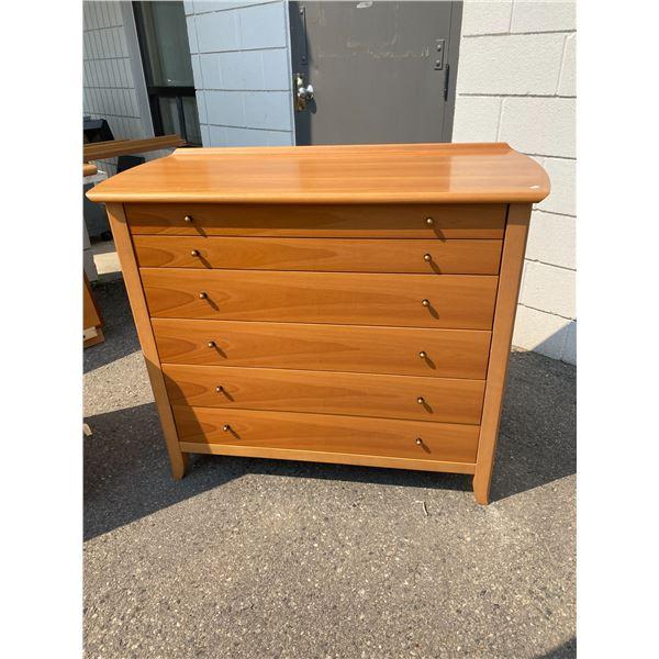 Vintage retro 6 drawer dresser