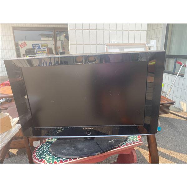 32 inch Samsung tv