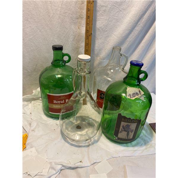 Lot of glass jugs