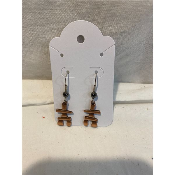 New inukshuk earrings