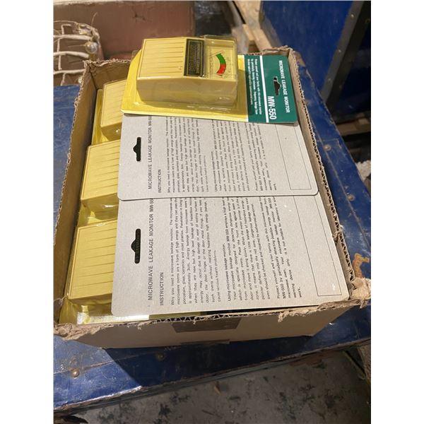 Box microwave leak monitors