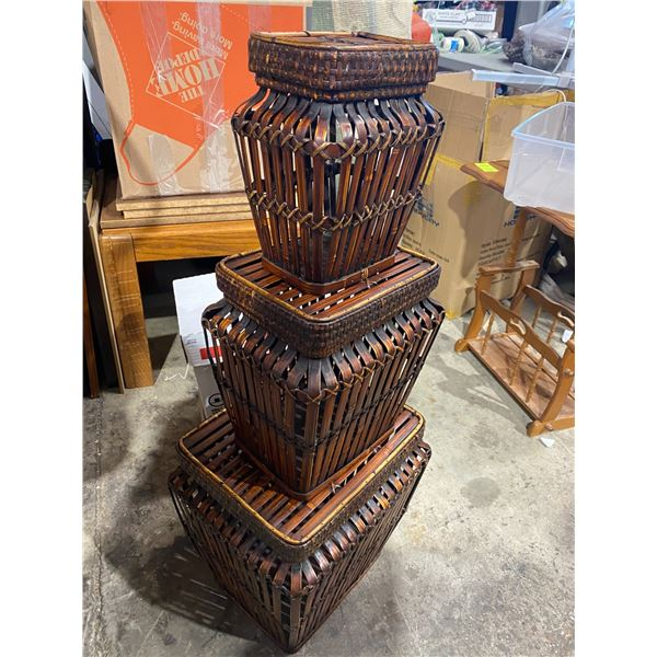 Set of 3 nesting baskets 2 sets