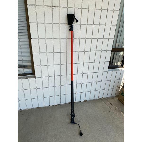 Plug in pole