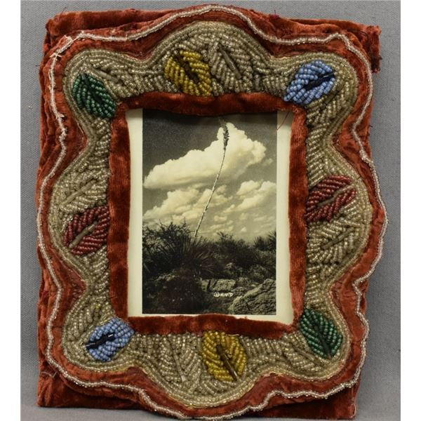 IROQUOIS INDIAN BEADED FRAME AND PHOTO