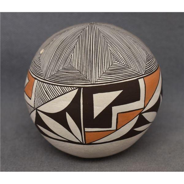 ACOMA INDIAN POTTERY SEED JAR (EMMA LEWIS)
