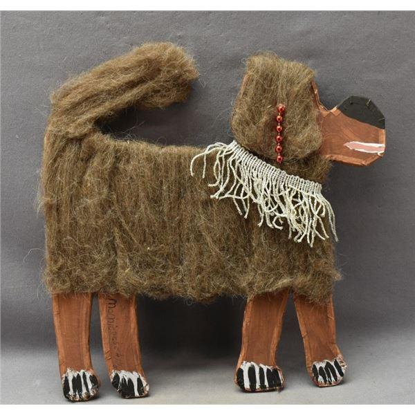 NAVAJO INDIAN FOLK-ART DOG(MAMIE DESCHILLIE)