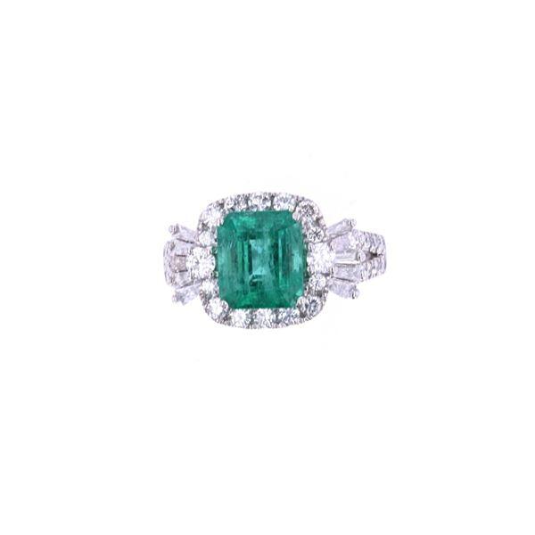 EXCELLENT Emerald & Diamond Platinum Ring