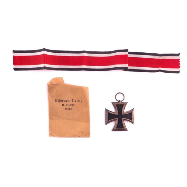 WWII German Officers Pendant Medal & Ribbon