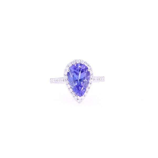 Opulent 4.20 Tanzanite & VS2 Diamond 18k Gold Ring