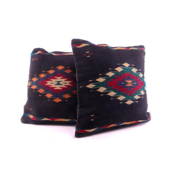 Diamante Negro Wool Set of Pillows Diamante Negro