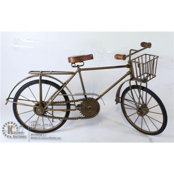 DECORATIVE METAL BICYCLE