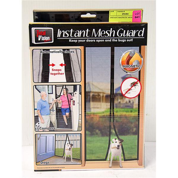 INSTANT MAGNETIC MESH DOOR