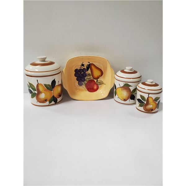 3PC CANISTER SET WITH SQUARE BAKEWARE DISH