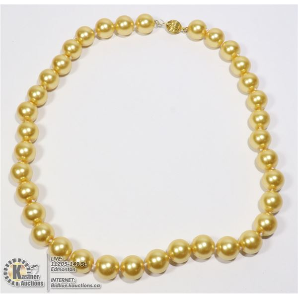 """#206-SEA SHELL PEARL NECKLACE 17.5""""/12mm"""