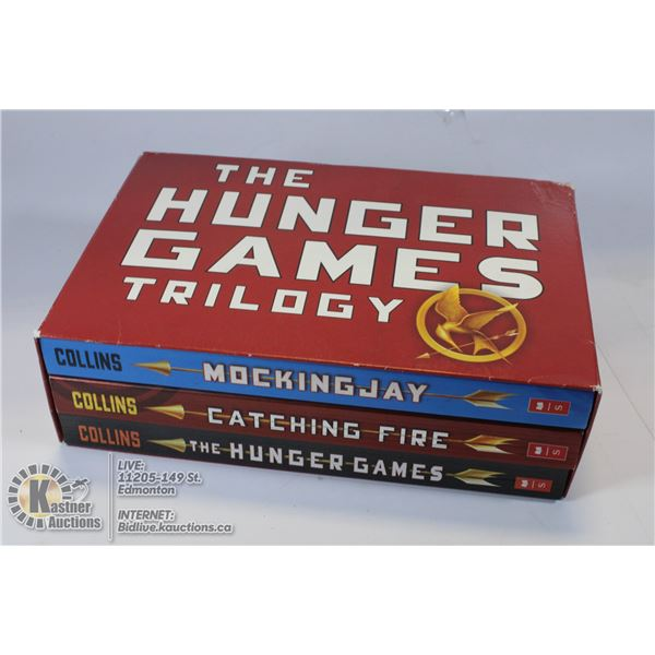 THE HUNGER GAMES COMPLETE BOX SET, SOFT COVER.
