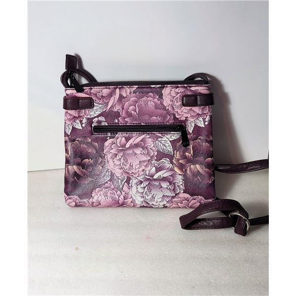 20)  NEW PLUM, PINK AND WHITE PURSE WITH