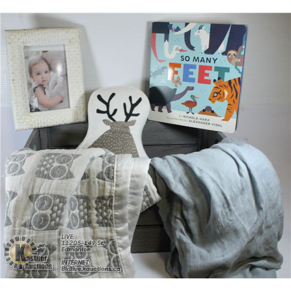 SHOWHOME INFANT DECOR CRATE.
