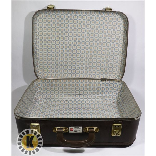 1 BROWN SUITCASE
