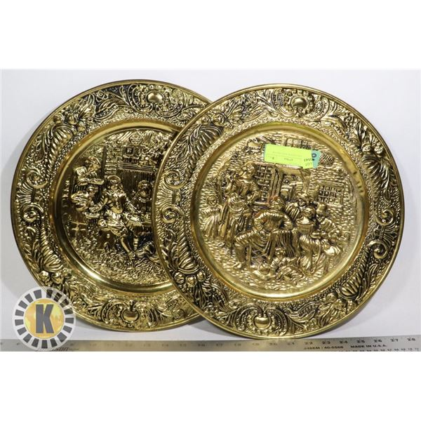 2 GOLD PLATED PLATES DECOR