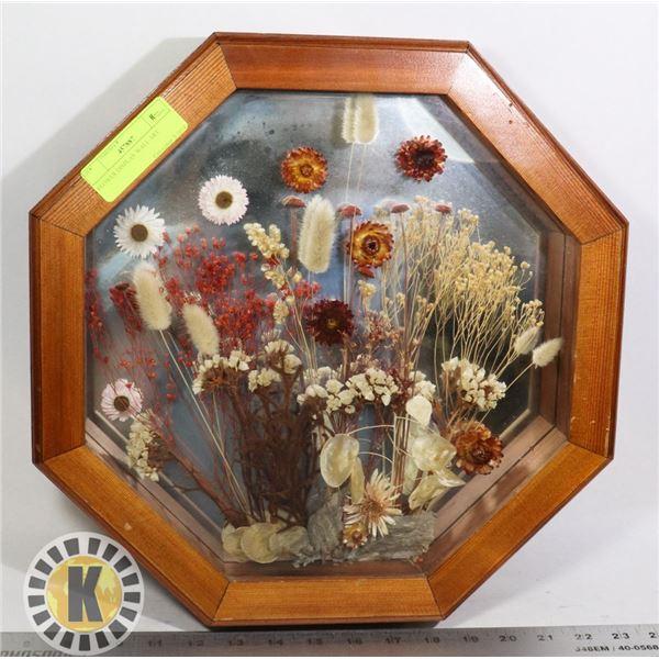 FLOWER DISPLAY WALL ART