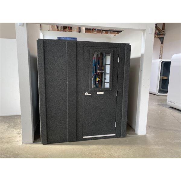 """WHISPER ROOM SE 2000 PODCAST SOUND ISOLATION ROOM  105"""" X 81"""""""