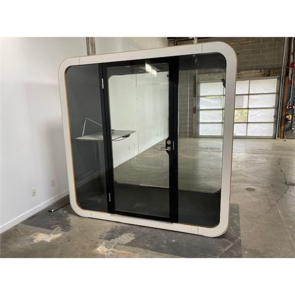 """FRAMERY SILENT MEETING ROOM WITH ELECTRIC DESK AND LIGHT 47 1/4"""" X 86 3/4"""""""
