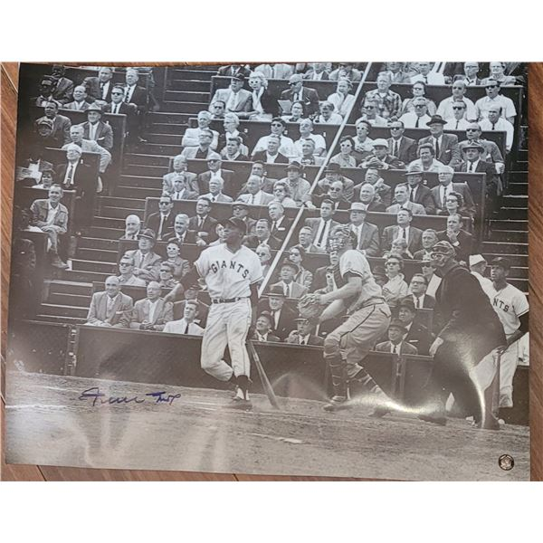 Willie Mays Signed 16x20 Photo