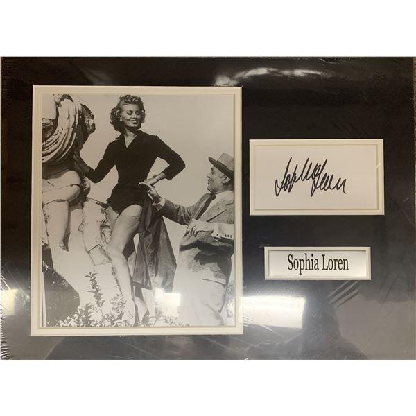 Sofia Loren signature cut and photo collage