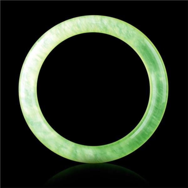 Chinese Fine Jadeite Green Bangle