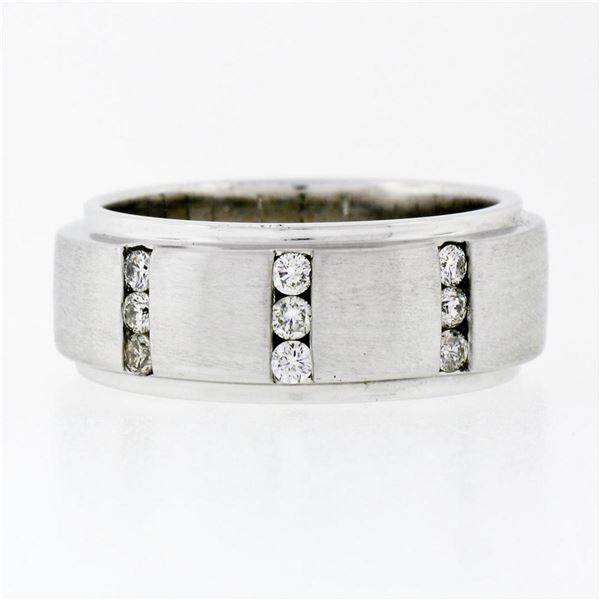Men's 8.9mm 14K Gold 0.40 ctw Round Brilliant Diamond Brushed Wedding Band Ring