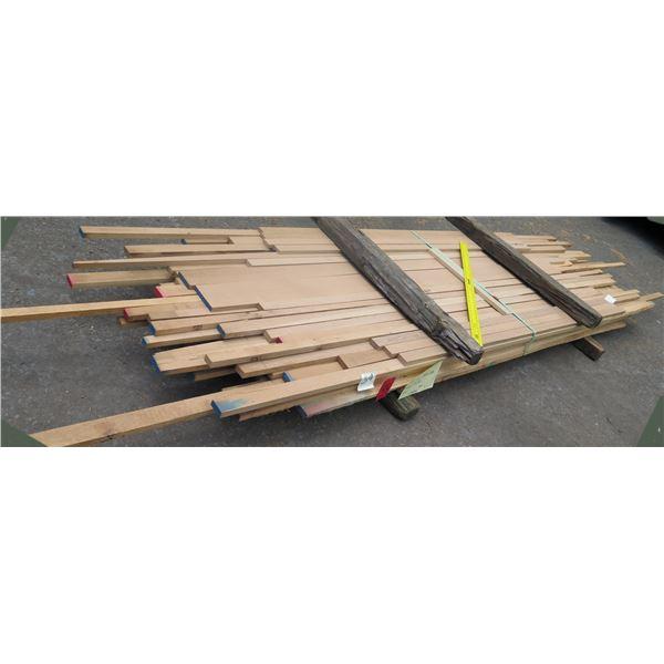 Bundle 4/4 White Oak 62 x40 x12'