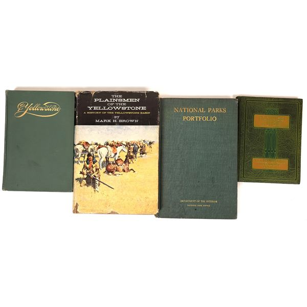 Yellowstone Park Book Collection (4)  [136826]