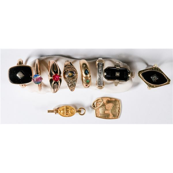 Eight 10K Gold Rings  [137288]