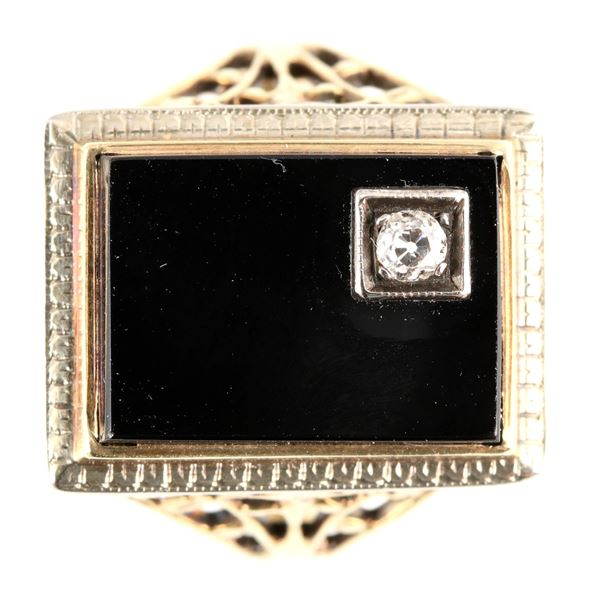 Vintage Black Onyx Gold Ring  [137763]