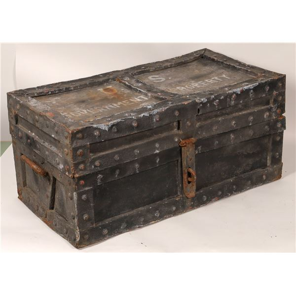 Movie Prop Strong Box  [136673]