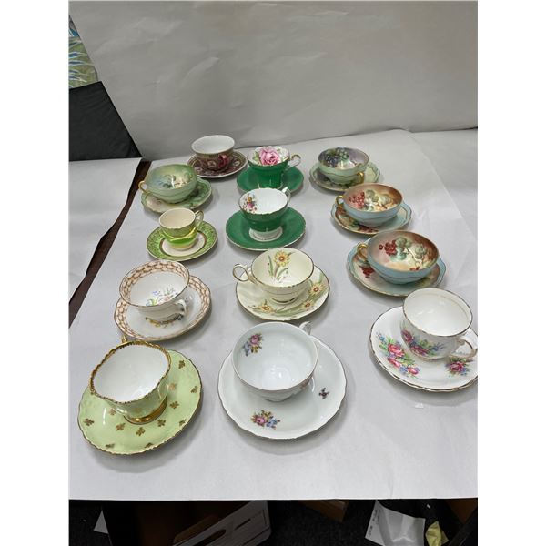 Fancy Antique Cup & Saucer Collection (12)  [136353]