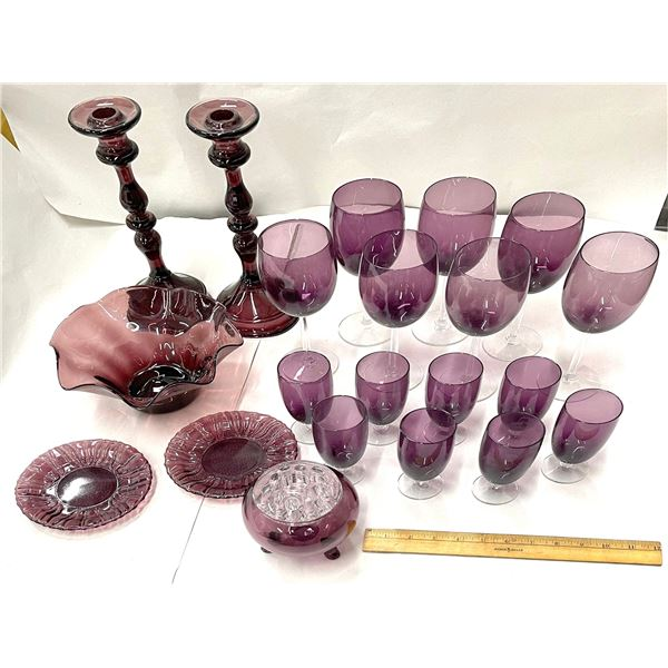 Purple Pressed Glass Collection  [136718]