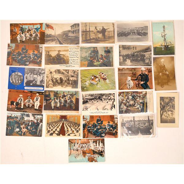 US Navy Postcard Group 15, Sailors Relaxing  (24)  [136084]