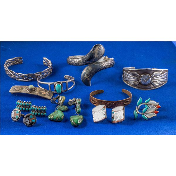 Group of Native American Earrings & Cuffs  [137222]