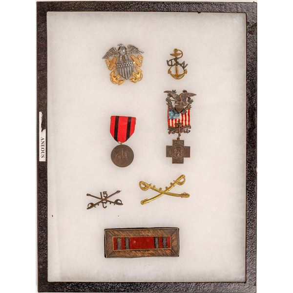 Spanish American War Medal and Uniform Accoutrements (7)   [137444]