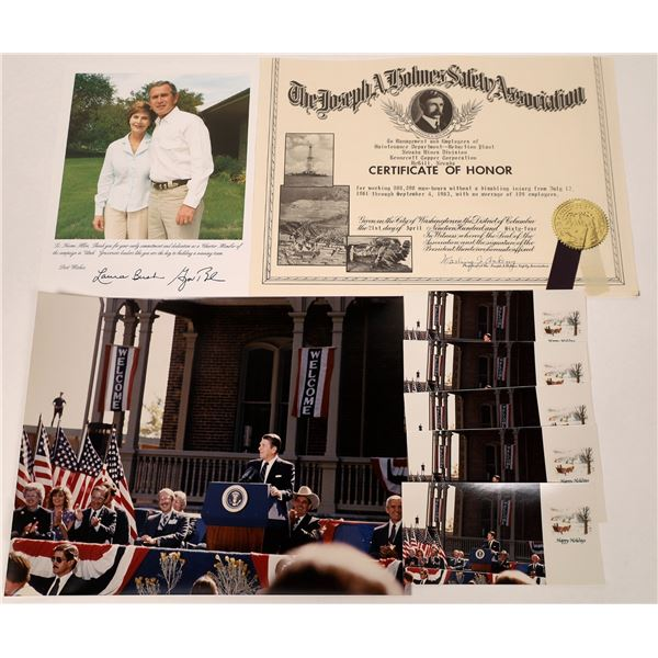 Large Photographs of President Ronald Reagan and George Bush  [133802]